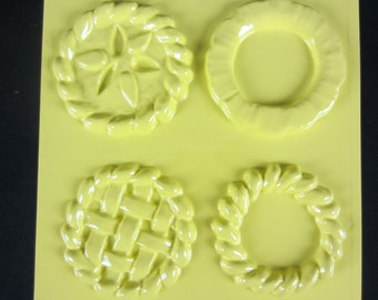 "Pie Crust Candle Mold 4 Count 3.5"" 90mm Mini Pies Tray Baked Goods"