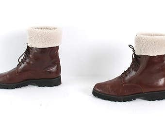 size 5 SHEARLING brown leather 80s 90s FLEECE CUFF boots
