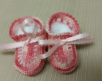 Baby Girl Booties. Shaded Pink.  Crochet Booties. Christening. Baby Shoes. Newborn Girl. Reborn Doll. Baptism. Baby Shower Gift