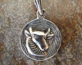 ZODIAC Sterling silver TAURUS charm. Textured charm. 18 x 28 mm. Solid Sterling silver zodiac charm pendant
