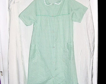 Vintage 70s Green White Check Poly Blend Houserobe Duster S Snaps