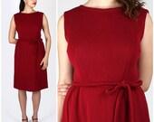 Vintage 1950s Knit Deep Red Sleeveless Simple Classic Sheath Dress | Medium