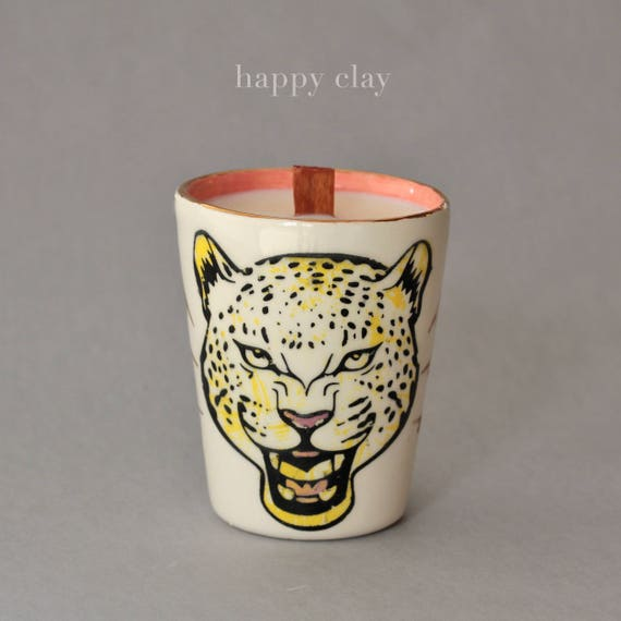 Pussy Grabs Back 100% soy candle in Flowerbomb