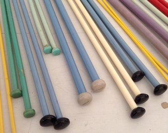 Vintage Plastic Knitting Needles 12 Pair assorted colours some Button Top
