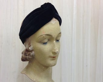 Handmade Velvet fabric 1940's Turban headband in Classic Black velvet twisted headband hairband with elastic