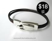 Flash Sale Silver Buckle bracelet Black and Brown Leather bracelet