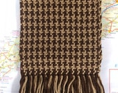 coffee & chocolate: handwoven houndstooth scarf