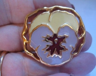 5 Dollar Listing Vintage 70s Pansy Pin in Cream and Lilac Enamel