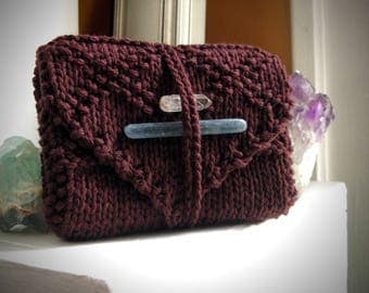 Knitted plum tarot wrap / tarot card holder / tarot travel case / knit tarot case / purple tarot wrap / tarot mat / oracle case