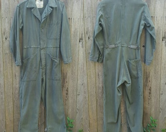 Vintage Coveralls // Vtg Military Olive Army Distressed Cotton Sateen Type I Fitted Coveralls