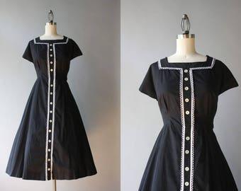 Vintage 50s Dress / 1950s Black Cotton Day Dress / 50s Black and White Gingham Trimmed Full Skirt Dress L large