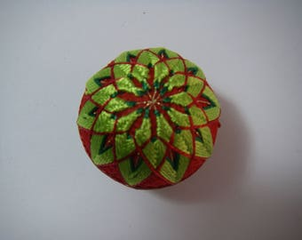 Mini hand made Temari(green,red)