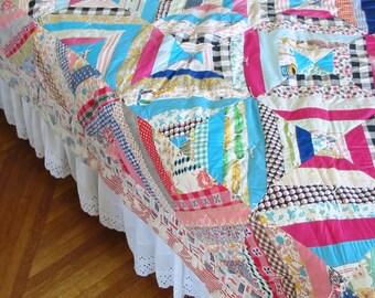 Vintage Crazy Quilt, Vintage Log Cabin Quilt, Colorful Quilt, Scrap Quilt, Twin Quilt, Full Double Quilt, Hand Sewn Quilt, Pink Quilt