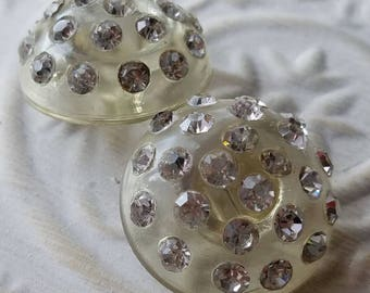 Vintage Buttons -  beautiful lot of 2 matching, large size clear rhinestones domed design set in  Lucite 1950's (apr 27 17)