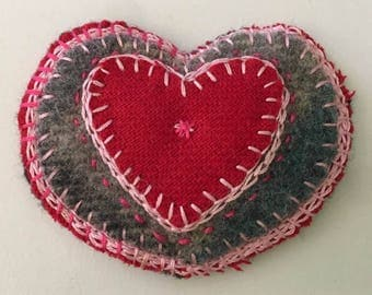 Valentine heart felt wool embroidered handmade applique embellishment  ornament gift tag felt,    tateam
