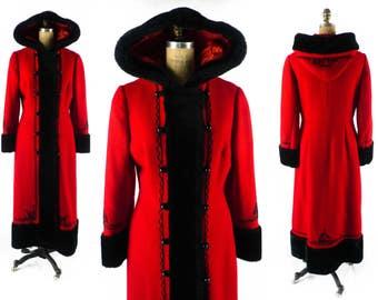 FREE US SHIP - Vintage 60s Coat // 1960s Coat // Russian Princess Coat // Hooded Coat // Hood Coat // Red Coat w/ Faux Fur - sz M