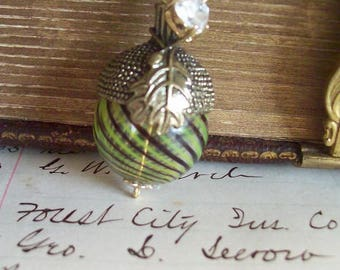 Remember the Mighty Oak Tree Necklace