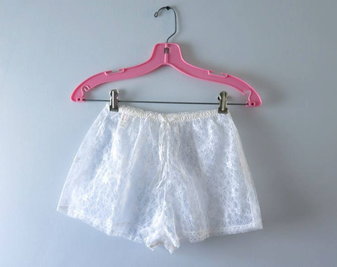 Vintage White Tap Panties | 1960s White Nylon Lace Tap Panties | 60s Lingerie Deadstock | Sissy Panties S