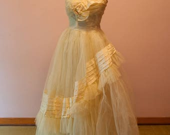 Vintage Tulle Gown - Bridesmaid Prom Yellow 50s 60s Bow