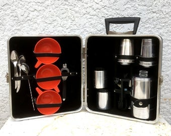 """Mad Men Portable Coffee Bar - Hard Shell case, Electric Coffee Pot, Accessories, made by """"Executair, Model 120C"""""""