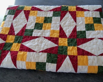 Handmade Quilt Couch Throw Lap Quilt Home and Living Bedding Blankets
