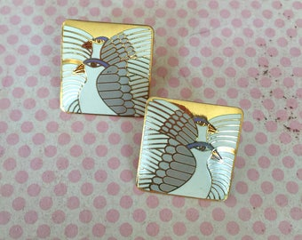 "Vintage ""MOONDOVES"" Bird Laurel BURCH Signed Enamel Pierced Earrings White with Gold Trim"