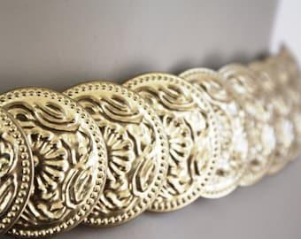 Gold medal coin belt, elastic stretch belt, 80s waist belt, SIZE SMALL