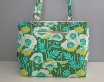 Large Green Tote, Tote Handbag, Green Diaper Bag, Large Green Shoulder Bag, Tote Diaper Bag, Diaper Bag Tote, Weekend Tote
