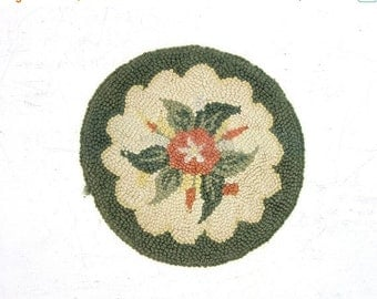 Vintage Cottage primitive braided rag rug chair seat cover or table centerpiece Sage Green Off White Floral Flower Pattern