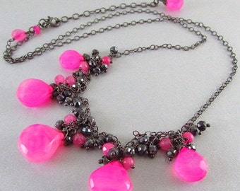 20 Off Pink Chalcedony and Spinel Cluster Necklace