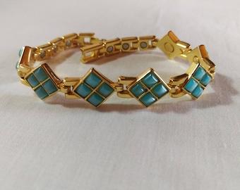 Vintage Turquoise Moonglow Gold Tone Bracelet