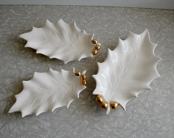 holly leaves dish trio, set of three holiday dishes, white & gold, candy trinket dishes, 1970 70s retro, vintage christmas holiday decor