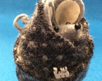 Plump Little Sweater Mouse   Felt Mouse  Soft Sculpture  Mouse Ornament