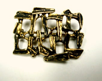 Judaica Pin in Hebrew, Meaning is Thanks, Todah, Brutalist  Oxidized Goldtone Brooch, 1970s
