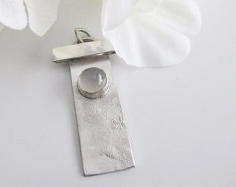 Moonstone & Sterling Pendant, Jewelry Inspired by the Orient