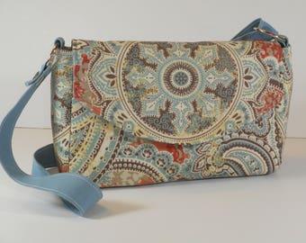 Purse Shoulder Bag Envelope-Style Flap Medium-Sized Bag Teal and Orange Paisley Print Pockets
