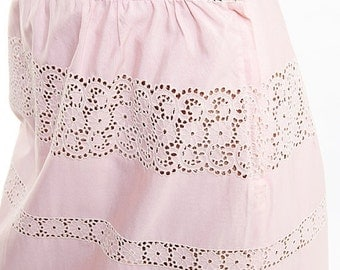 30% off SPRING SALE The Vintage Pretty in Pink Skirt