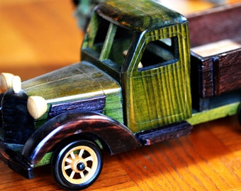 CLASSY vintage wooden truck...  I wish I could ride it....   home decor...  man cave...  office decor... Lf