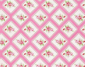 NEW Rambling Rose from Tanya Whelan  Framed Rosebuds in Pink  YES!! Continuous fabric cuts and shipping is combined