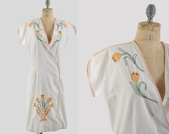 1920s wrap dress / arts and crafts house dress / 20s cotton tulip dress