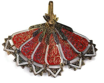 Red Enameled Damascene Style Fan Brooch Pendant Spain Vintage