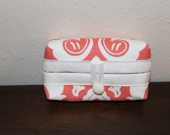 Tissue Holder-Coral and White