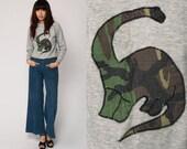 Dinosaur Sweatshirt CAMO Shirt 80s Raglan Sleeve Dino Brontosaurus Camouflage Slouchy Graphic 1980s Vintage Women Novelty Print Small