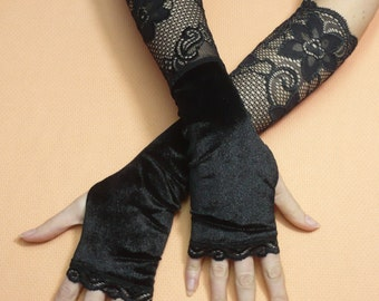 Black Velvet Armwarmers with Lace Thumb Holes, Fingerless Gloves Gothic and Steampunk, Black Lace Trim, Fusion Dance, Vamp Sleeves