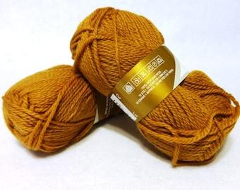 Stash Sale - Peruvian Highland Wool, Wool Yarn, Gold Wool Yarn, Highland Wool, Elann Peruvian Highland Wool, Sale Yarn - 2 skeins - Gold #2