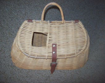 Vintage Wicker Fishing Creel Cottage Rustic Decor Wall Hanging