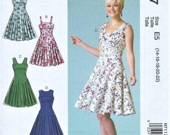 UNCUT McCall's Pattern M7117 Misses Dresses Size E5 (14-16-18-20-22)