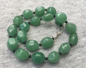 Green Quartz Beaded Necklace, Green Necklace, Womens Beaded Necklaces, Statement Necklace, Handmade Jewelry