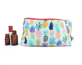 Classic Essential Oil Bag - Pineapple Party - 14 bottles - cosmetic bag zipper pouch essential oil bag project