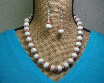 American White Buffalo, Red Net Facated Jasper Gemstones, 925 Silver Necklace and Earrings